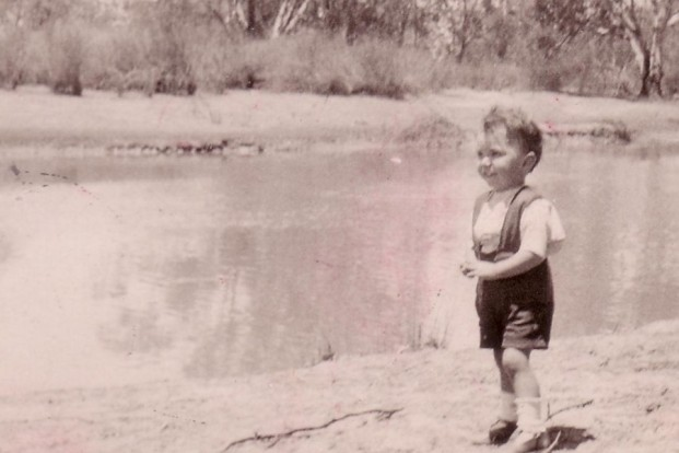 Frank on the Murray at Loxton